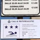 """Mondragone, il Comune invita a tuffarsi: """"Qui il mare è eccellente"""""""