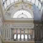 Lavori fermi nella Galleria Umberto: è battaglia sui colori a Napoli