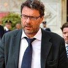 Manovra, Giorgetti spiazza la Lega e Salvini rilancia: «Subito flat tax»