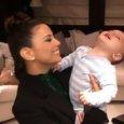 Eva Longoria, sul red carpet a Cannes con il figlio di 10 mesi: «Sono una mamma che lavora»