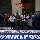 Whirlpool in piazza a Roma, Patuanelli chiama l'azienda