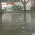 Bomba d'acqua su Napoli: strade e vicoli impraticabili a Pianura
