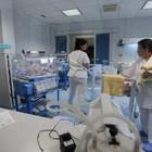 Neonato rischia soffocare, salvato da due carabinieri