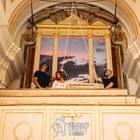 Napoli, la festa horror in chiesa con la donna impiccata sull'altare