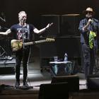 Napoli, Sting oscura Shaggy nell'arena del reggae