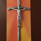 San Pietro, dono del Papa: 40 mila crocifissi ai turisti