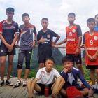 Thailandia, l'incubo è finito:ragazzi e allenatore sono tutti salvi