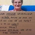 Avellino Pride, la nonna col cartello