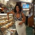Caterina Balivo in vacanza a Capri: «Qualche anno fa facevo l'alba, ora a letto presto con i bambini»