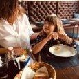 Laura Pausini, lungo sfogo sui social: «Mi sento in colpa per mia figlia, ho pianto tutte le mie lacrime»
