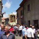Boss 'ndrangheta vuole portare in spalla la Madonna delle nevi: carabinieri bloccano la processione