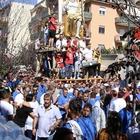 Napoli, a Barra, la grande festa dei Gigli: «Orgogliosi della tradizione»
