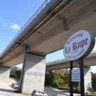 Viadotti A24 e A25 «a rischio», il Mit: «Limitare il traffico pesante»