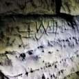 Misteriosa grotta scoperta dagli escursionisti: «È la porta dell'inferno»