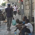 Napoli, Sos degli extracomunitari: «Sentiamo la puzza dell'aggressività»