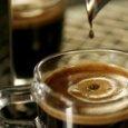 Tumori, più tazzine di caffè non aumentano i rischi (ma sono minaccia per il cuore)