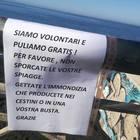 «Puliamo gratis: non sporcate», l'appello degli spazzini volontari
