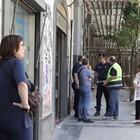 Commerciante ucciso dal crollo: «Tutti insieme per via Duomo»