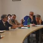 Degrado a piazza Garibaldi, summit al Comune: «Inaccettabile»