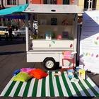 Parte anche a Napoli la Biblio-Ape, per letture itineranti in piazza con bambini e ragazzi