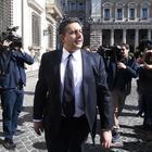 Forza Italia, Toti prepara la scissione: «Costituente del 9 luglio a Roma»