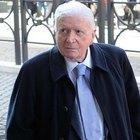 Si spaccia per Zavoli per l'accredito a Sanremo: arrestato napoletano
