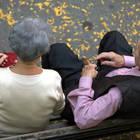 «Troppo sesso con la 85enne»: i figli  di lei denunciano l'amante focoso