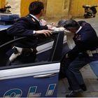 Secondigliano, la polizia arresta un uomo con 8 grammi di hashish