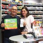 Vince 100mila euro al Superenalotto: ha l'attacco di panico in tabaccheria