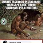 WhatsApp, Instagram e Facebook down: con i meme si scatena l'ironia