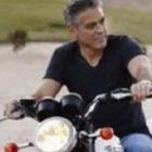 George Clooney ferito in un incidente in Sardegna, il medico: «Voleva solo tornare sul set»