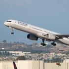New York, atterraggio d'emergenza chiuso l'aeroporto di Newark