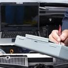 L'officina del falso ad Angri: auto rubate e rivendute modificate