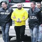 Bimba ferita a Napoli, la faida tra narcos dietro il tentato omicidio