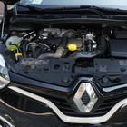In fuga con l'auto cannibalizzata,  la polizia recupera il blocco motore