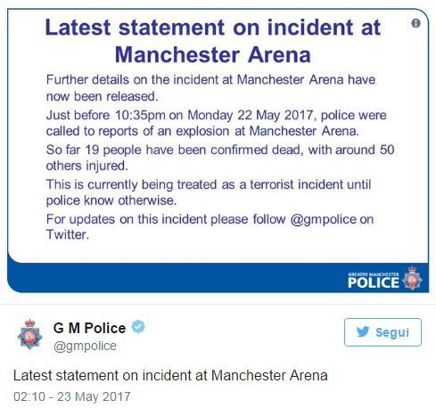 Attentato Manchester, Isis rivendica. Tre arresti. Theresa May:
