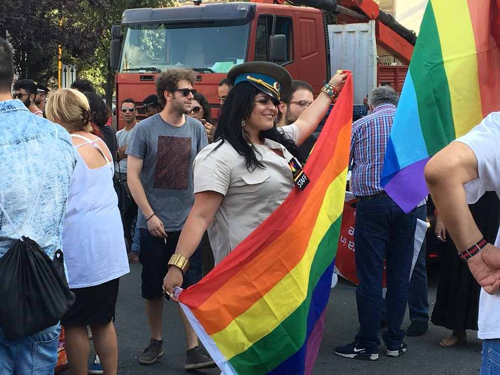 Liguria Pride, in migliaia in corteo nel centro di Genova