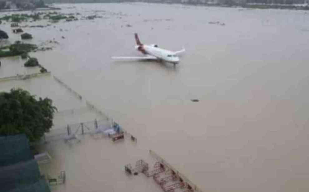 Nepal: inondazioni e frane per monsoni, almeno 25 morti. Bloccata una famiglia italiana
