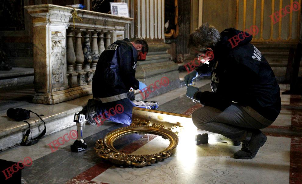 Rubato A Roma Il Dipinto Del Sacro Cuore Di Batoni Il Mattino