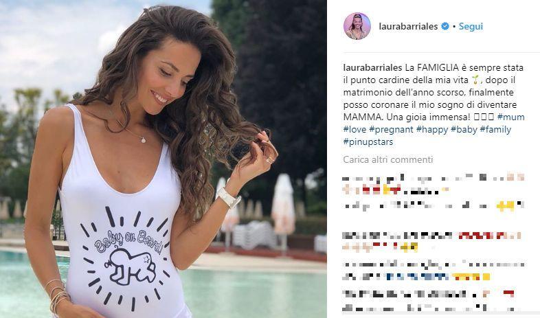 Sognare Costume Da Bagno Bianco : Laura barriales incinta su instagram mostra il pancino in costume