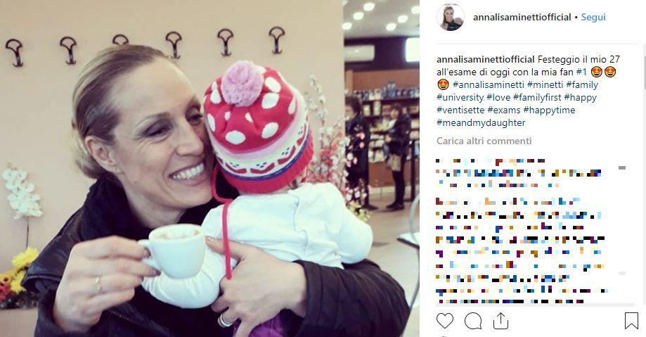 Annalisa Minetti insultata per la malattia. Lei replica su Instagram