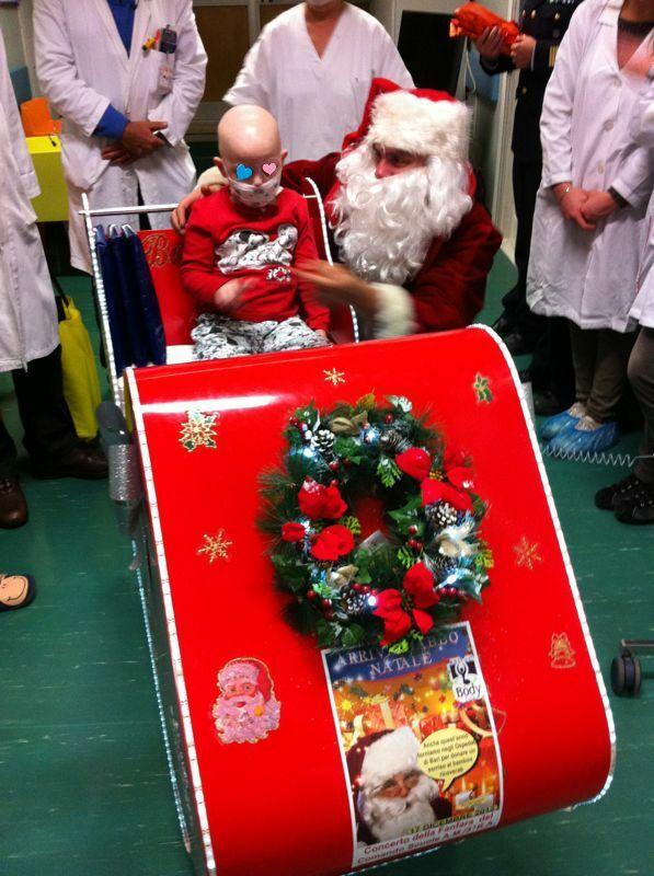 Il Babbo Natale.Babbo Natale Contagiato Ha Il Covid L Uomo Che Ogni Anno Porta I Doni Ai Bambini In Ospedale Il Mattino It